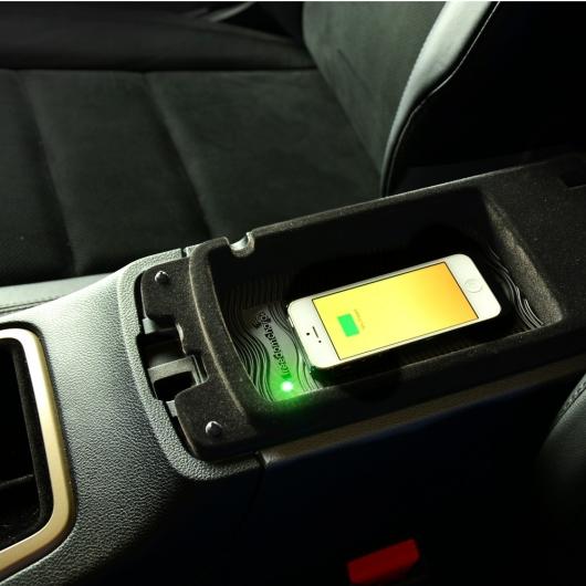 Почему нельзя заряжать смартфон в автомобиле