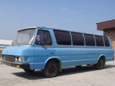 """Так выглядит редкий микроавтобус ЗИЛ """"Юность"""""""