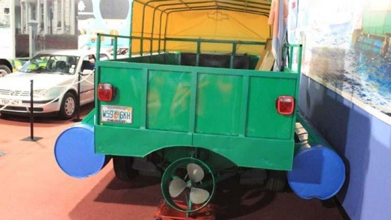 Копия оригинального грузовика-амфибии с Кубы
