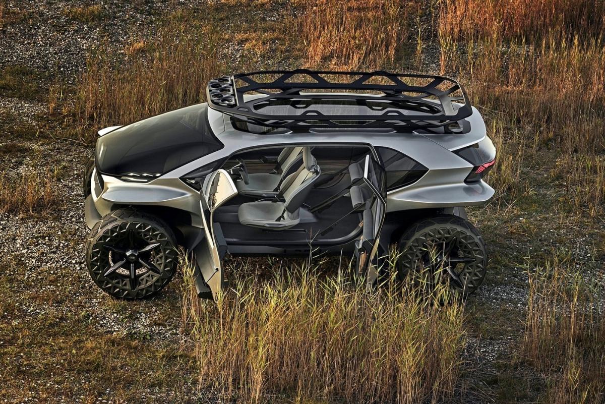 Новый электромобиль Audi оказался грозным внедорожником